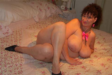 Essex sexy housewife jpg 1280x854