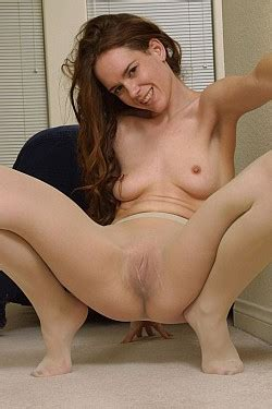 Free mature porn pantyhose picture galleries hq oldies jpg 250x375