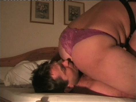Mom catches son smelling her dirty panties free videos animatedgif 400x300