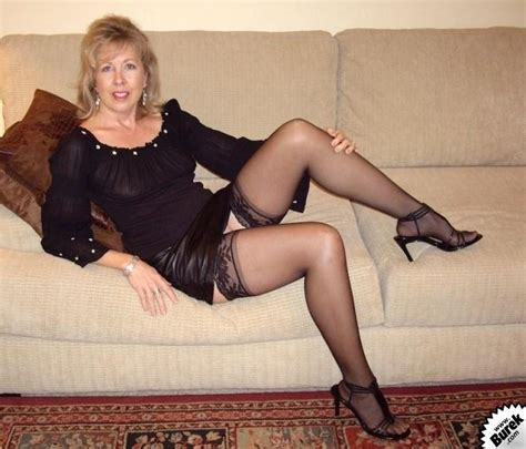 Mature stockings porn videos jpg 701x600