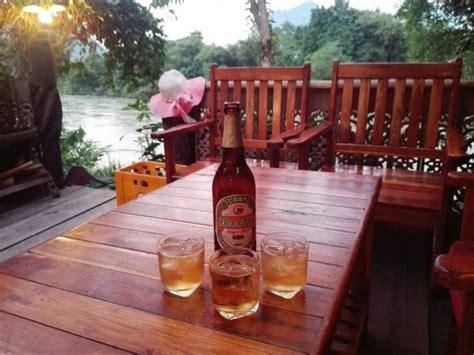 Laos poker jpg 660x495